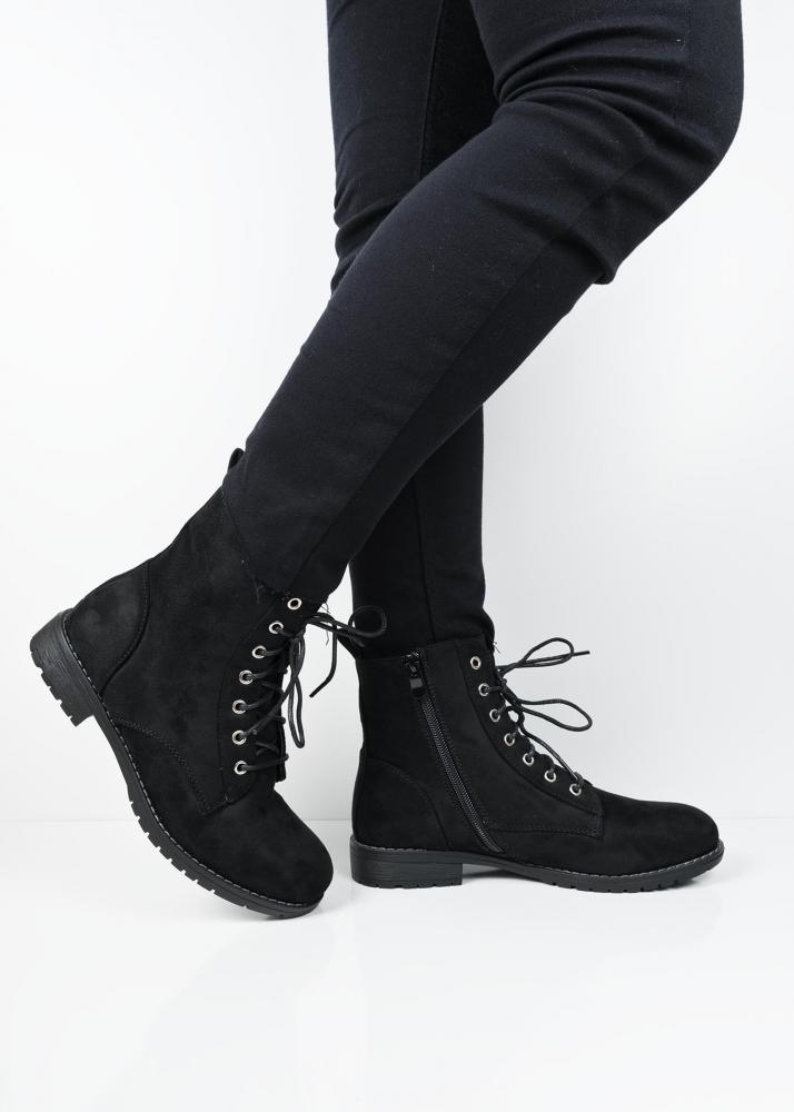 C5581 Black suede lace up ankle boots